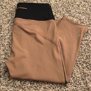 NWOT cropped lululemon leggings